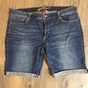 Arizona Brand Jean Shorts 🕶☀️
